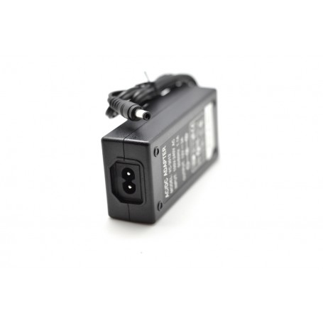 Alimentator transformator stabilizat 220V – 12V / 3A
